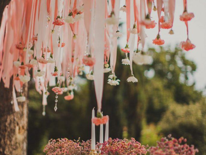 Esküvői hangulat a kastélyparkban
