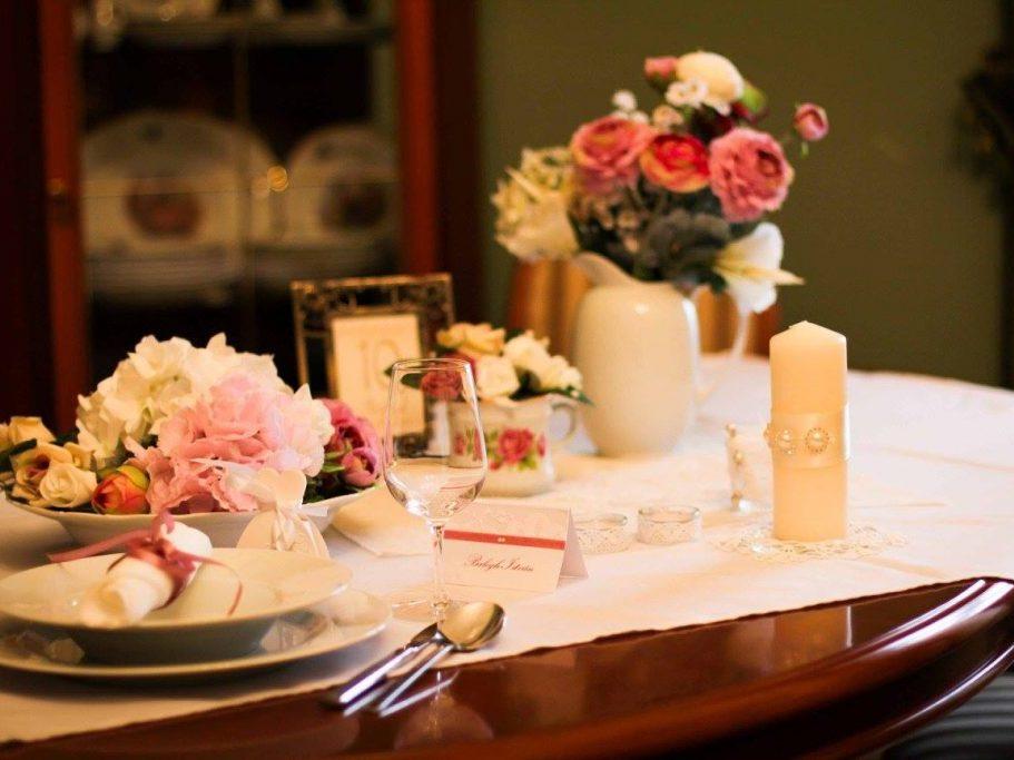 Esküvői kiállítás: asztalszett