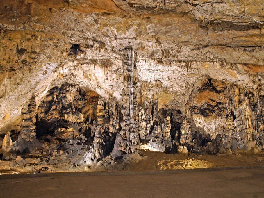 Látnivalók: Aggteleki Cseppkőbarlang