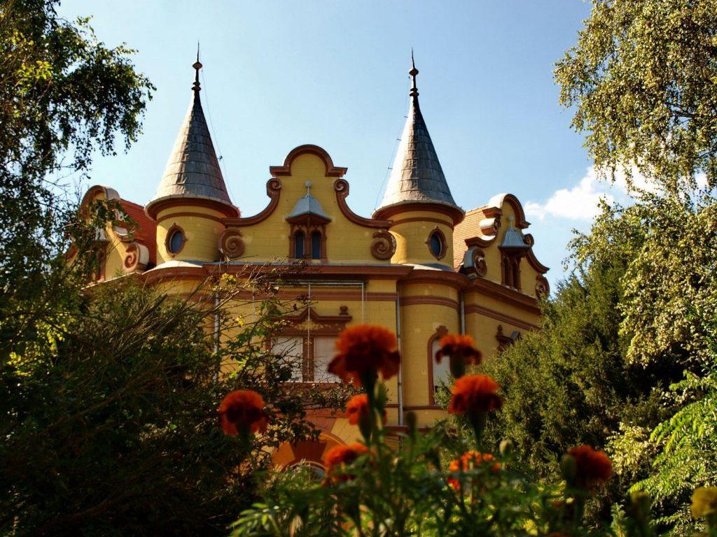 Látnivalók: Pallavicini kastély