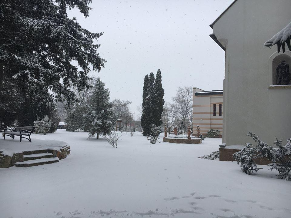 Hófödte kastélypark télen