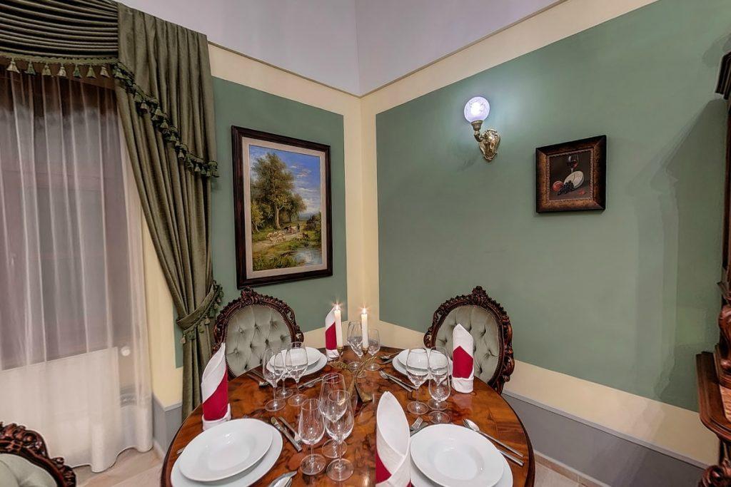 Úri reggeliző kisterem a bálterem mellett - külön rendezvényhelyszínként kérhető