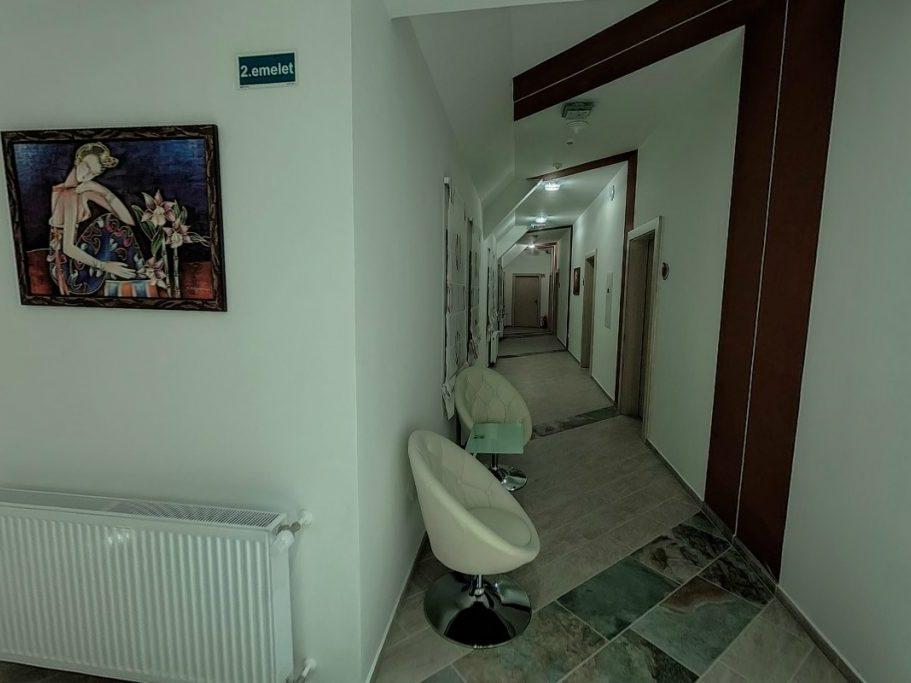 Vöröstorony folyosó